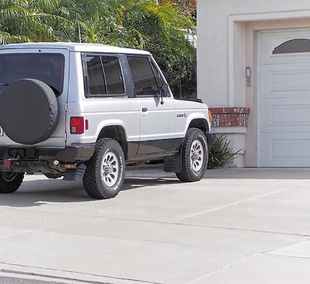 Minivan or S.U.V Task